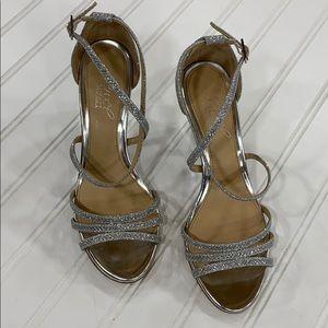 Badgley Mischka Jewel Silver Wedge Sandals - sz 6